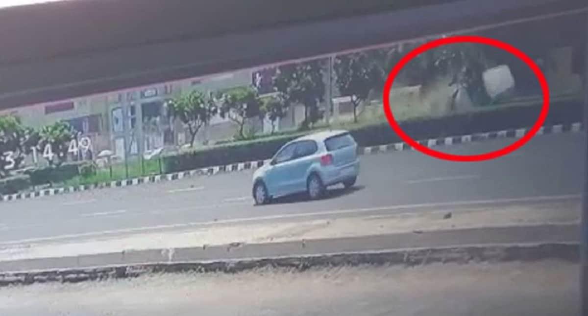 ahmedabad accident cctv died ahmedabad police 2