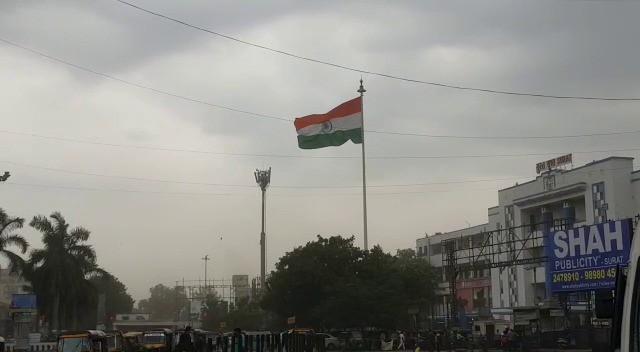 WhatsApp Image 2021 05 16 at 4.03.13 PM 2 » Trishul News Gujarati Breaking News Tauktae in Gujarat, Tauktae in Surat