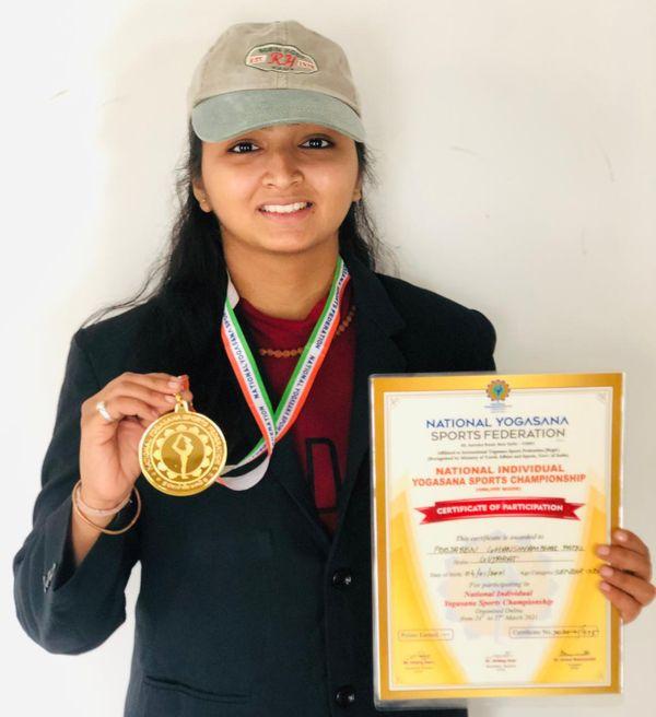 farmers daughter pooja patel has become miss world yogini 4 times internationally 2 - Trishul News Gujarati Breaking News કાસ્ય ચંદ્રક, પૂજા પટેલ, મહેસાણા, મિસ વર્લ્ડ યોગીની, સુવર્ણ મેડલ