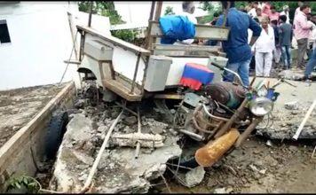 in keshods kheersara village a water tank collapsed like a palace in patta trishulnews » Trishul News Gujarati Breaking News