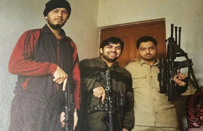 indian army kills terrorist in pulwama attack2 - Trishul News Gujarati Breaking News અબુ સૈફુલ્લા, આતકવાદી, ઉર્ફે અદનાન, ઉર્ફે ઇસ્માઇલ, ઉર્ફે લંબુ, એન્કાઉન્ટર, જમ્મુ-કાશ્મીર, ભારતીય સેના