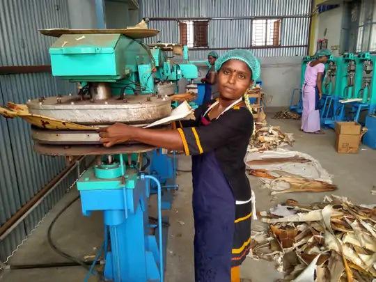 two friends donated 20 thousand rupees by spending 18 crore turnover today1 - Trishul News Gujarati Breaking News america, india, trishul news, uttar pradesh