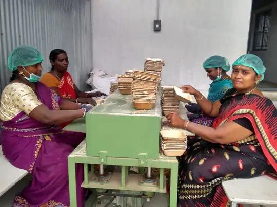 two friends donated 20 thousand rupees by spending 18 crore turnover today4 - Trishul News Gujarati Breaking News america, india, trishul news, uttar pradesh