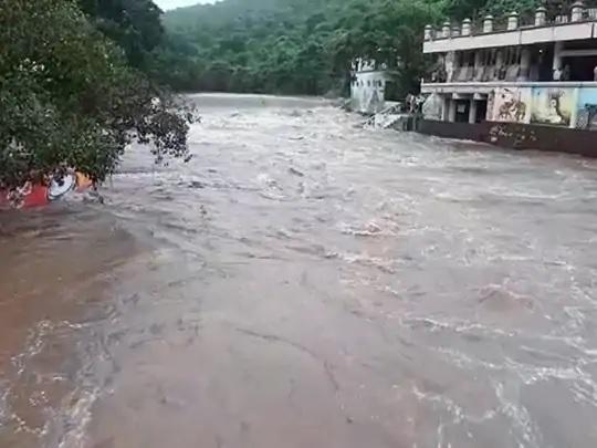 junagadh district maximum inches of rain trishulnews3 - Trishul News Gujarati Breaking News gujarat, heavy rain, junagadh, અતિભારે વરસાદ, ગુજરાત, જુનાગઢ, ભારેથી અતિભારે વરસાદ